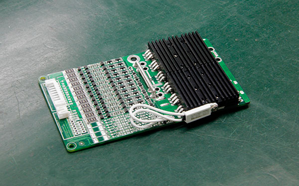 锂电池保护板能给锂电池有效延长寿命?