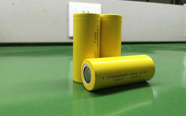 什么是多串数智能动力锂电池板